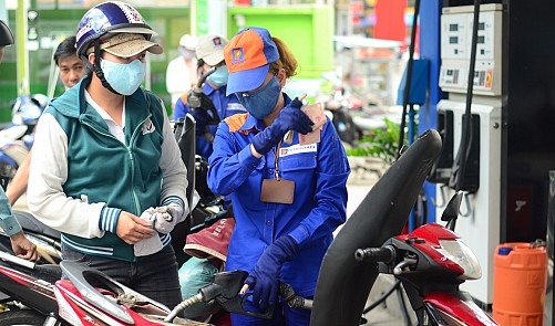Vietnam proposes drastically increasing 'environment tax' on petrol