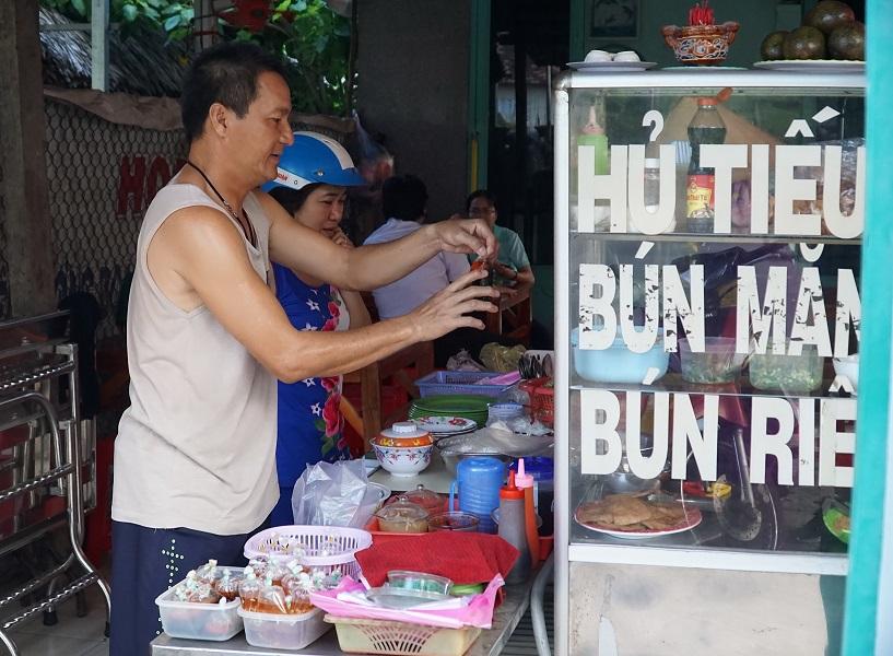 Vietnamese ex-players' life after football