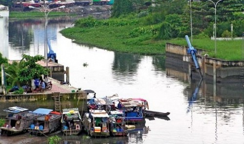 Japanese investors to revitalize polluted canal in Ho Chi Minh City