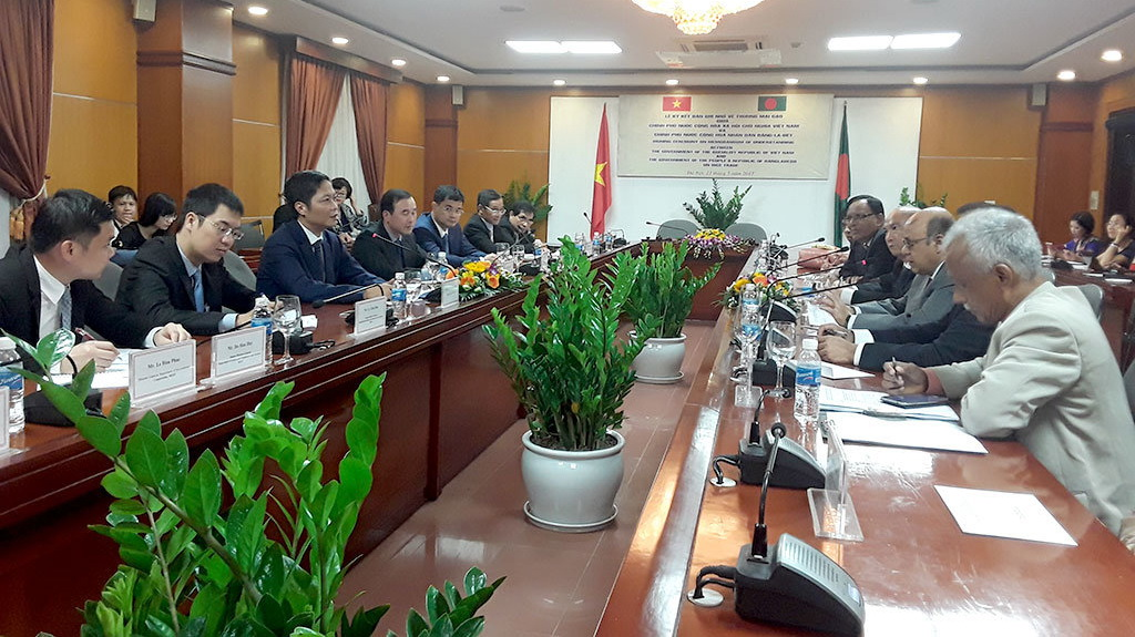 Bangladesh to import 1mn tons of Vietnamese rice annually until 2022