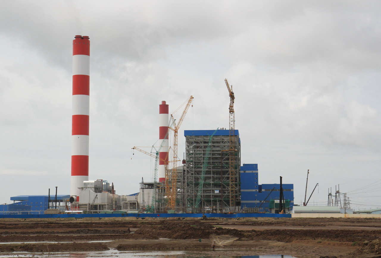 Vietnam set to approve coal-fired power plants worth $7.5 bln