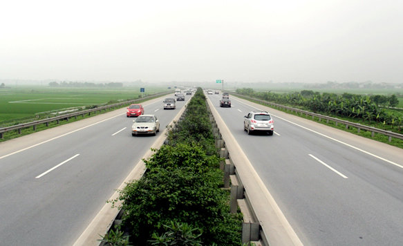 Vietnam to develop 1,370km cross-nation expressway at $13bn