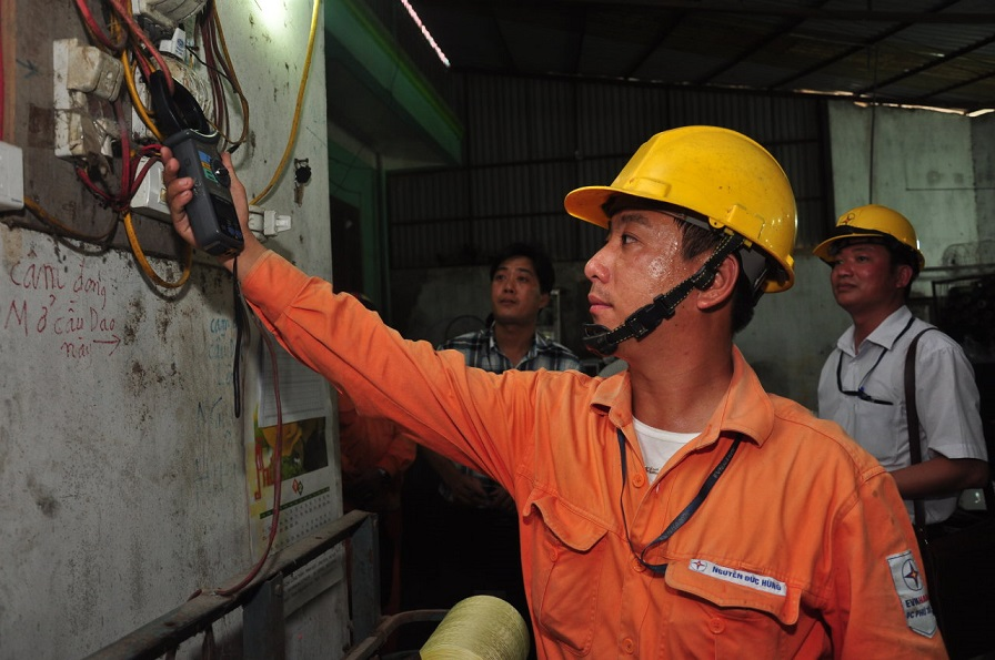 Blackouts during heat wave a nightmare in northern Vietnam