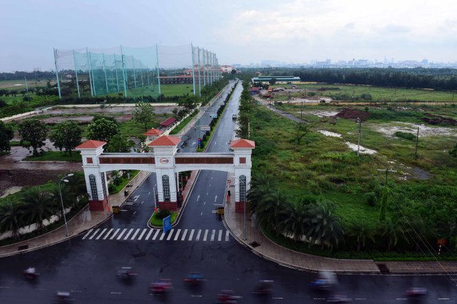 Vietnam PM requests urgent feasibility study for new runway at Tan Son Nhat
