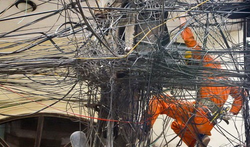 Saigon's electrical 'spider webs' to become thing of the past
