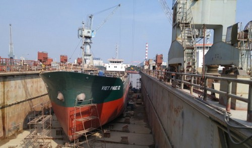 Fate of Vietnamese shipbuilder, once collapsed, remains uncertain