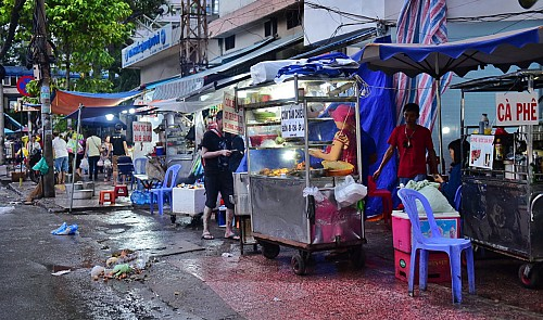 Ho Chi Minh City mulls over sidewalk rental plan after 'clearing campaign' ends