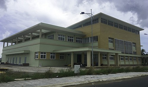 Security guard at looted cancer facility in southern Vietnam dies mysteriously