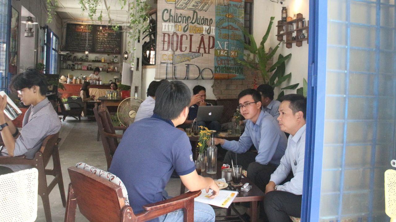 Retro-style cafés bring back fond memories of Saigon's old days