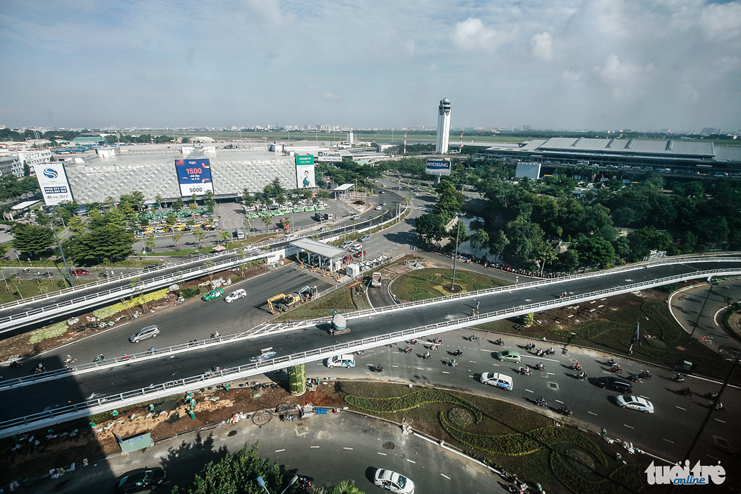 Saigon airport entrance flyovers before opening