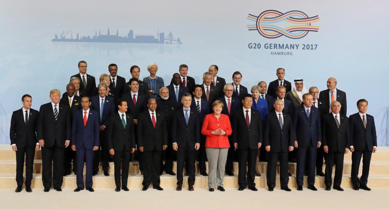 Vietnam premier promotes 2017 APEC at G20 Summit