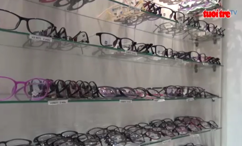 Biggest bust of fake prescription glasses in Vietnam