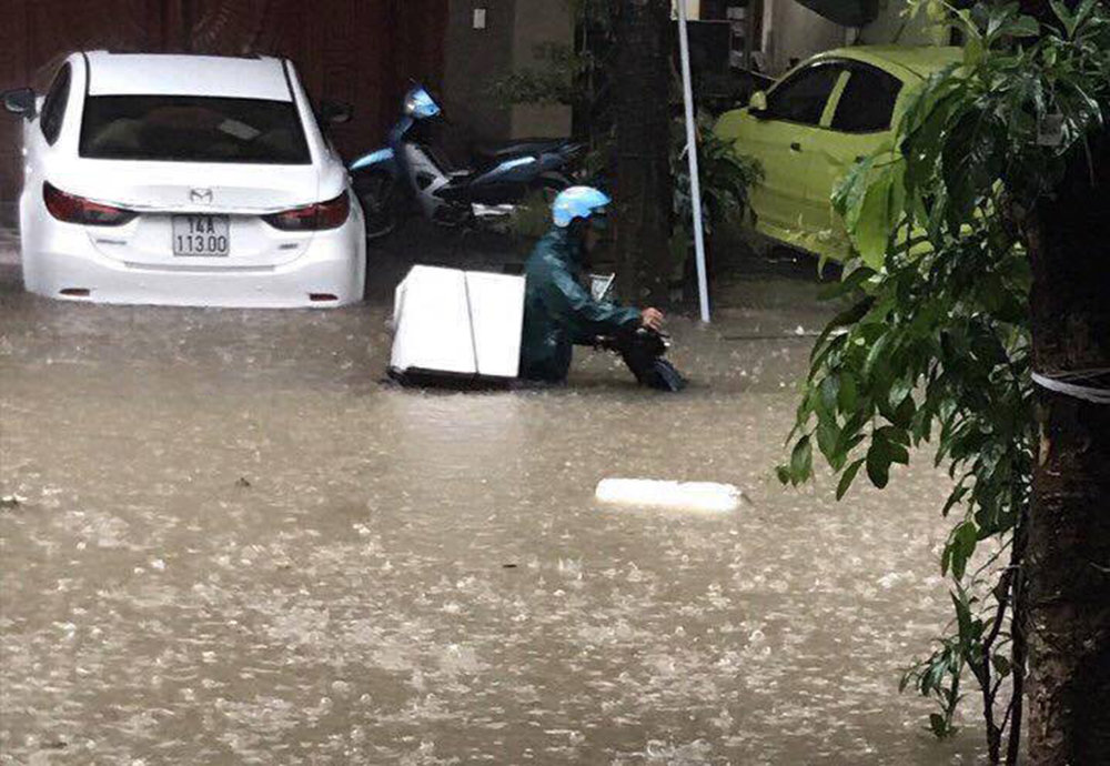 Family of four among 14 killed in floods in northern Vietnam