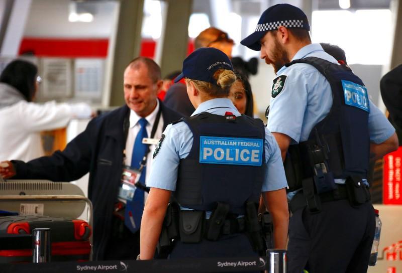 Australia thwarts 'Islamic-inspired' plane attack plot