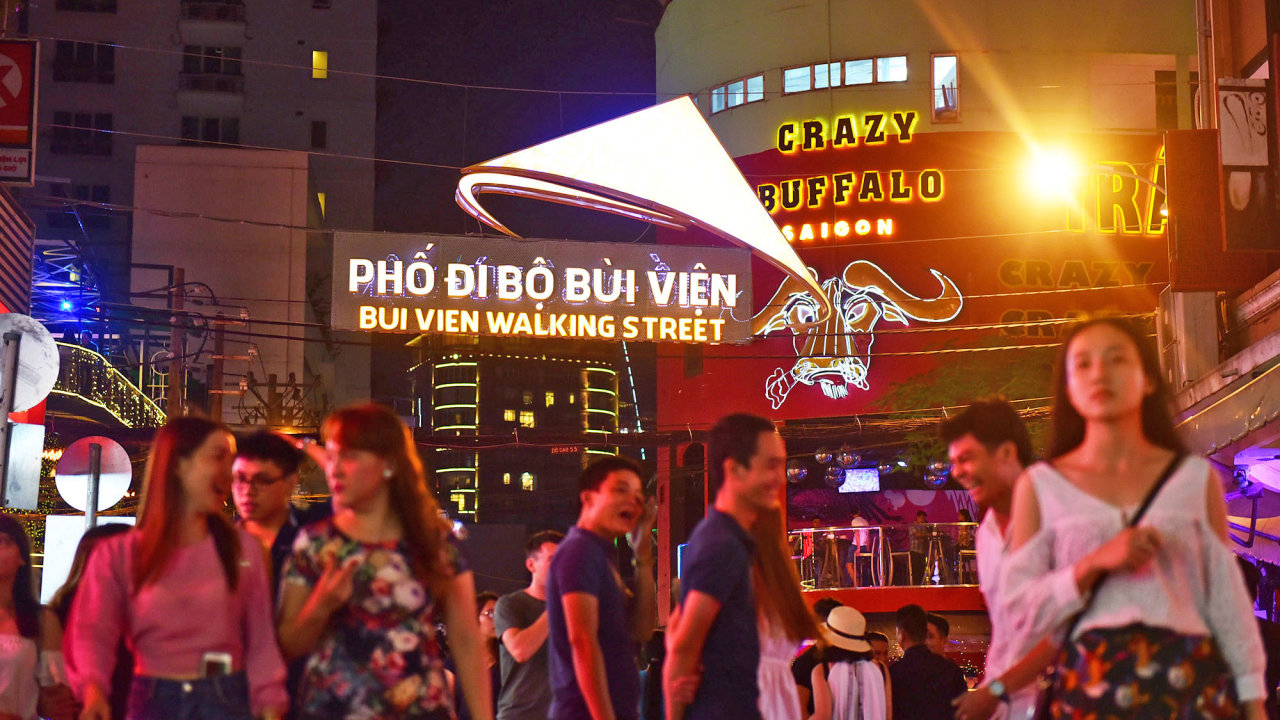 Bui Vien Walking Street to officially debut tonight