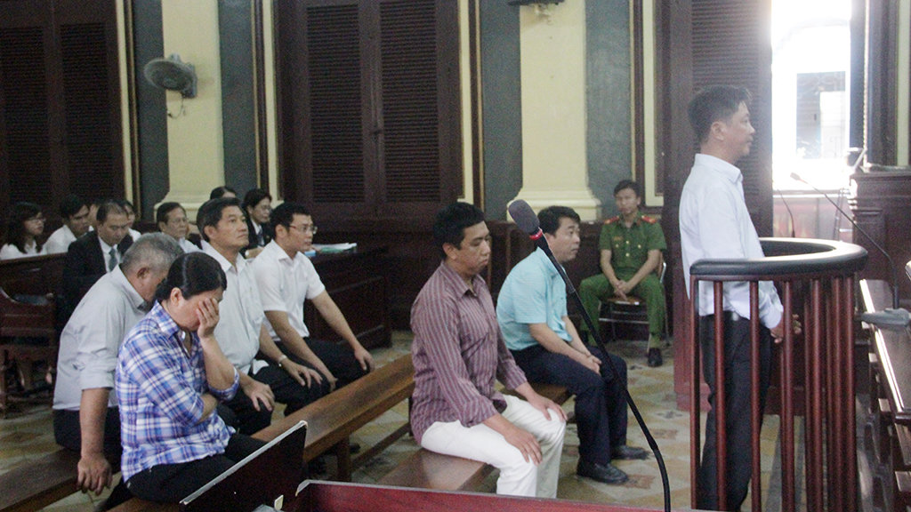 Ex-director of Vietnamese pharmaceutical firm stands trial for importing fake medicine