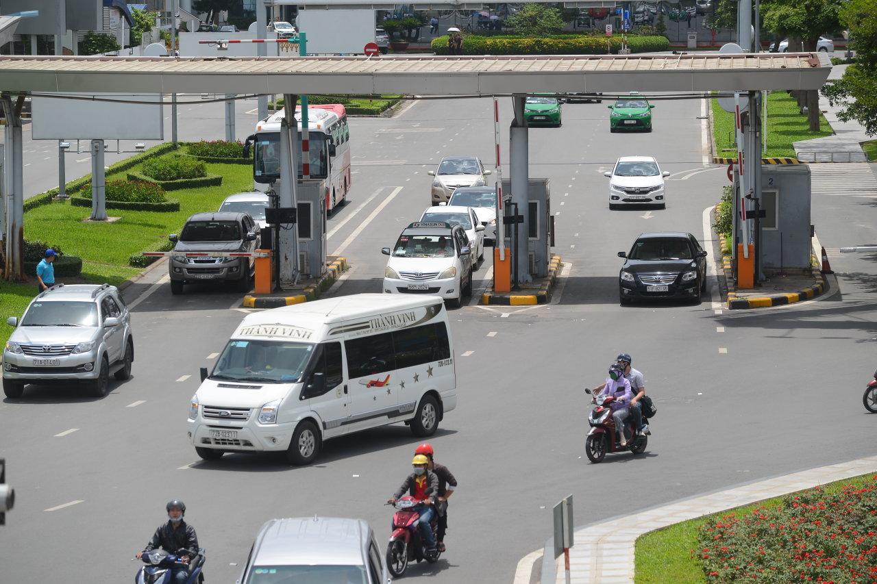 Airport road toll raises eyebrows in Vietnam