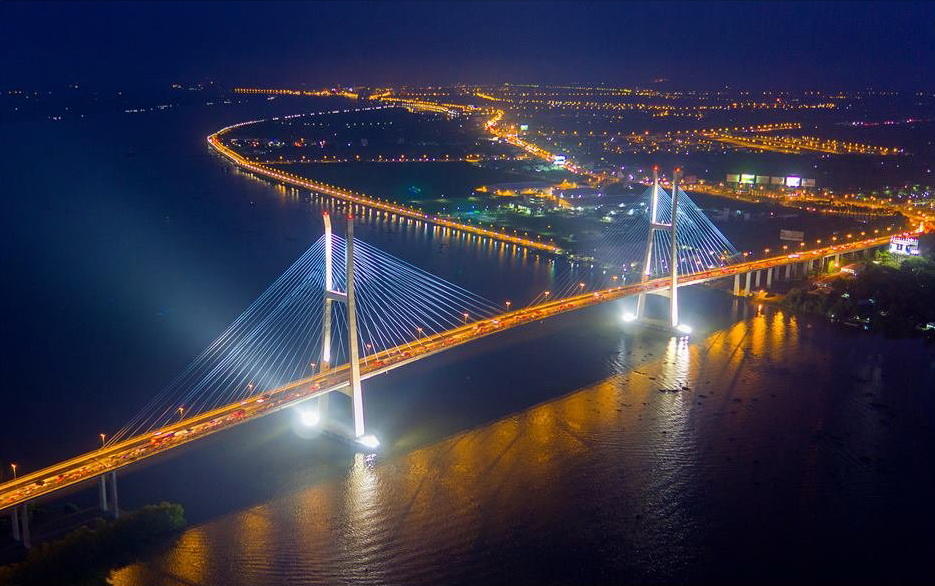 'My Thuan Bridge' by Nguyen Vinh Hien – consolidation prize