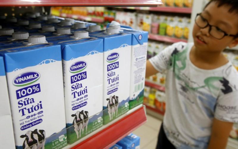 Vietnam plans to sell Vinamilk shares at 154,000 dong each: gov't