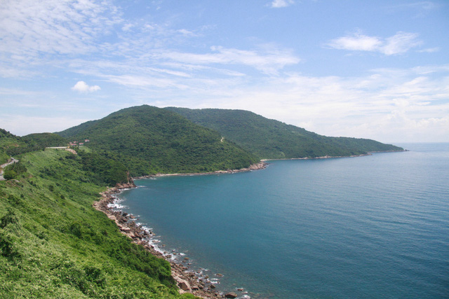 Vietnam gov't to thoroughly inspect all projects on Son Tra Peninsula