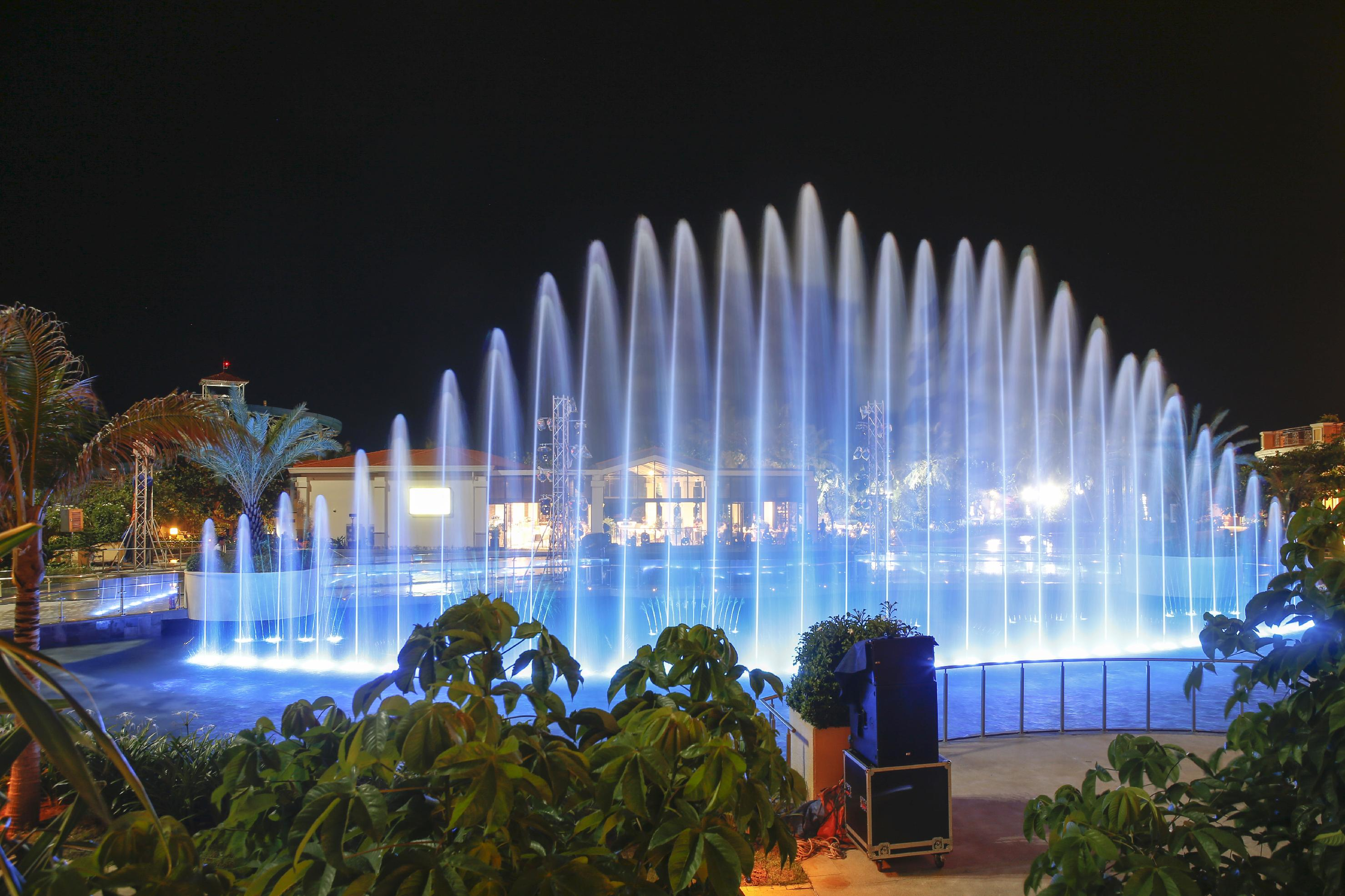The Grand Ho Tram Strip launches fountain-side Sound Waves concert series