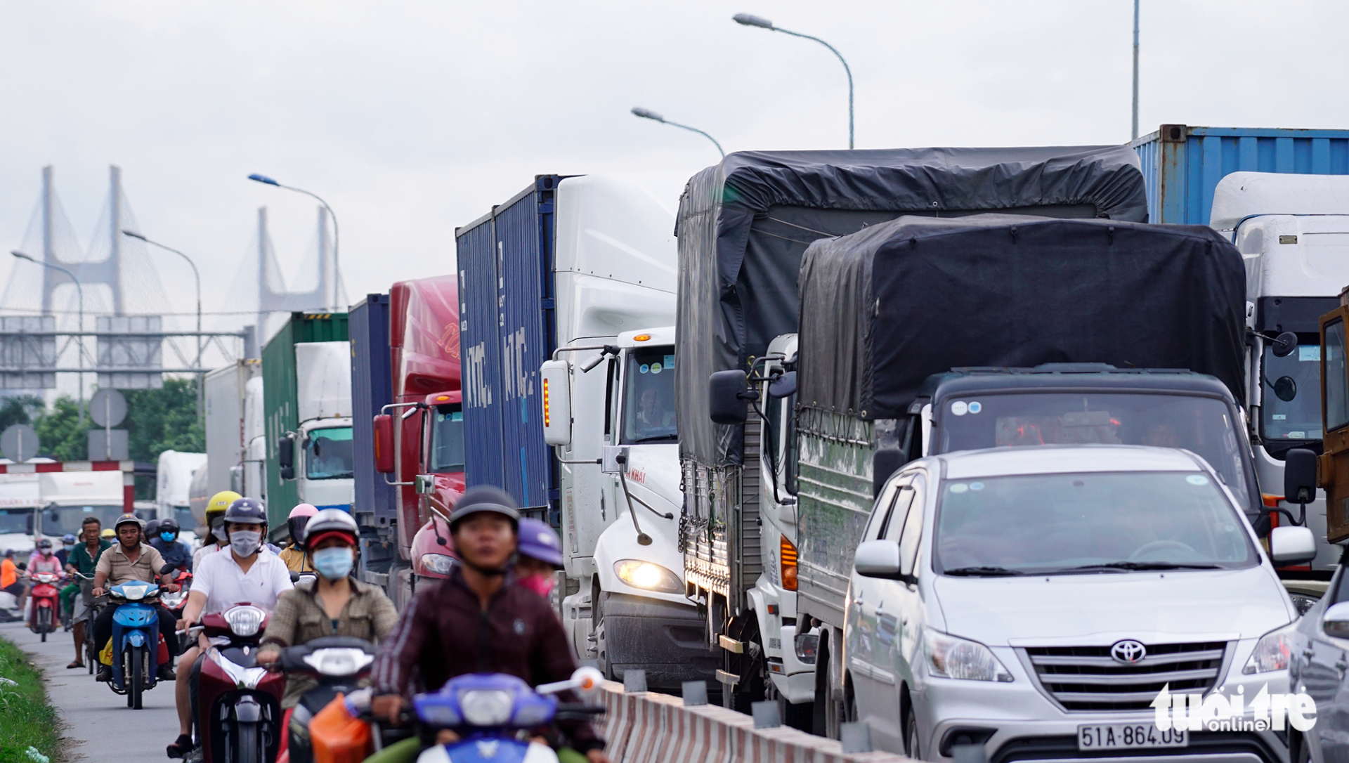 ​Ho Chi Minh City seeks urgent solutions to congestion at major port