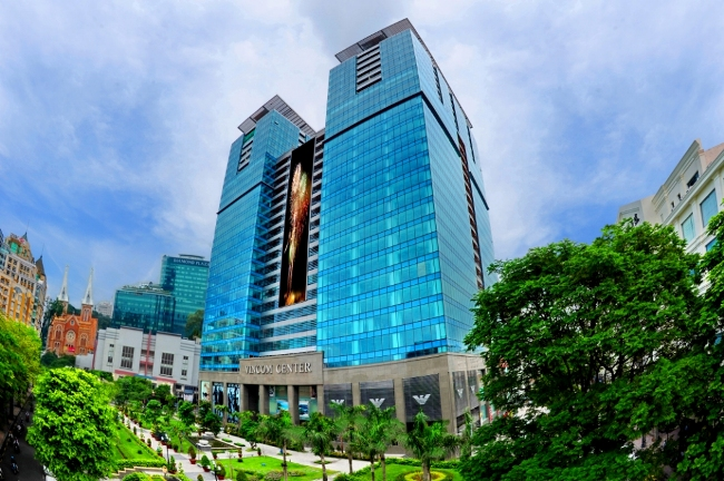 Vincom Retail launches up to $713 mln IPO, Vietnam's largest: IFR