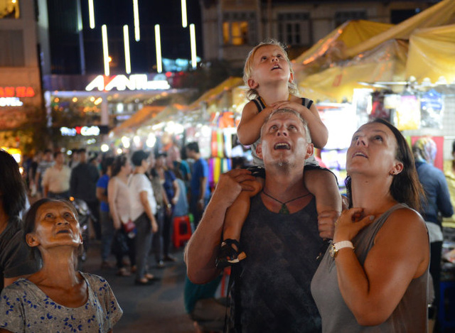 Expats earn more, save bigger in Vietnam: HSBC