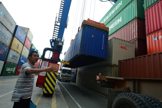 ​Ho Chi Minh City customs officers nabbed for aiding illegal export