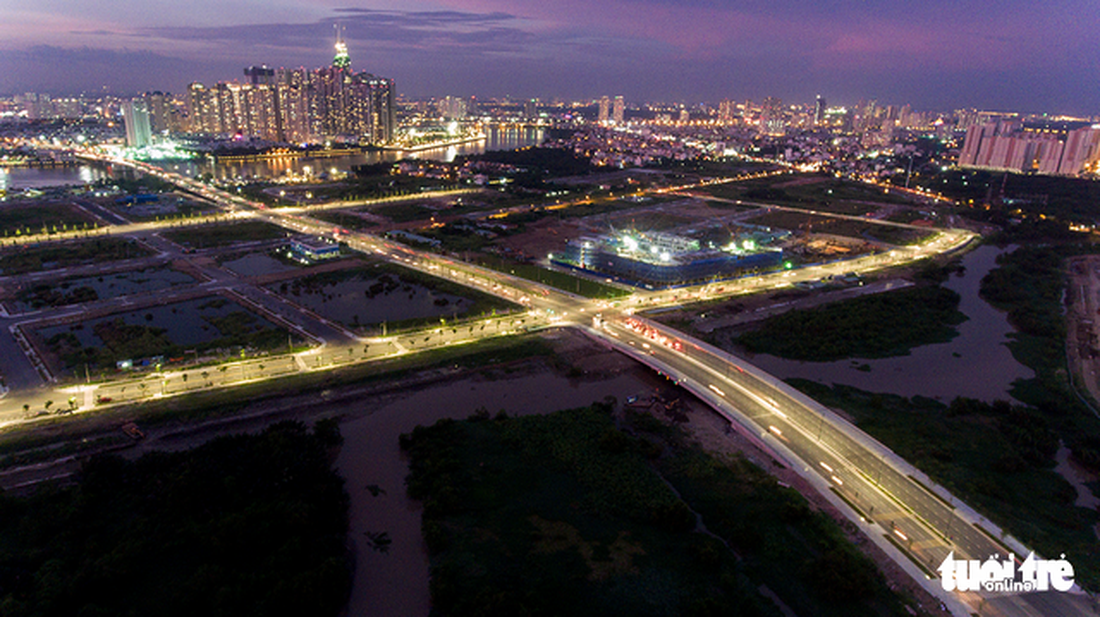 Newly opened roads by the river. Captured at the Thu Thiem New Urban Area in District 2.