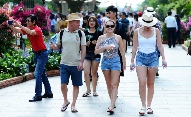 Ho Chi Minh City Depart of Tourism chastised for 'tourism tax' proposal