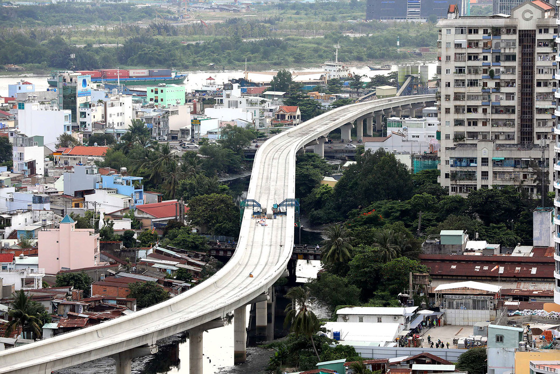 ​Official warns of 'unimaginable consequences' if Saigon metro ceases construction
