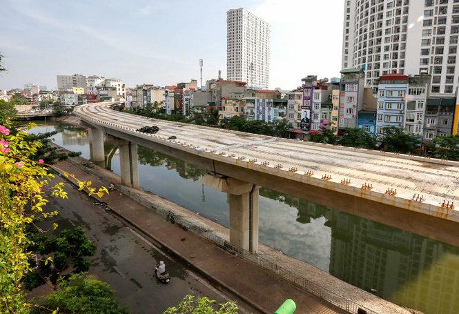 Conference paints dark picture of Vietnam's public debt