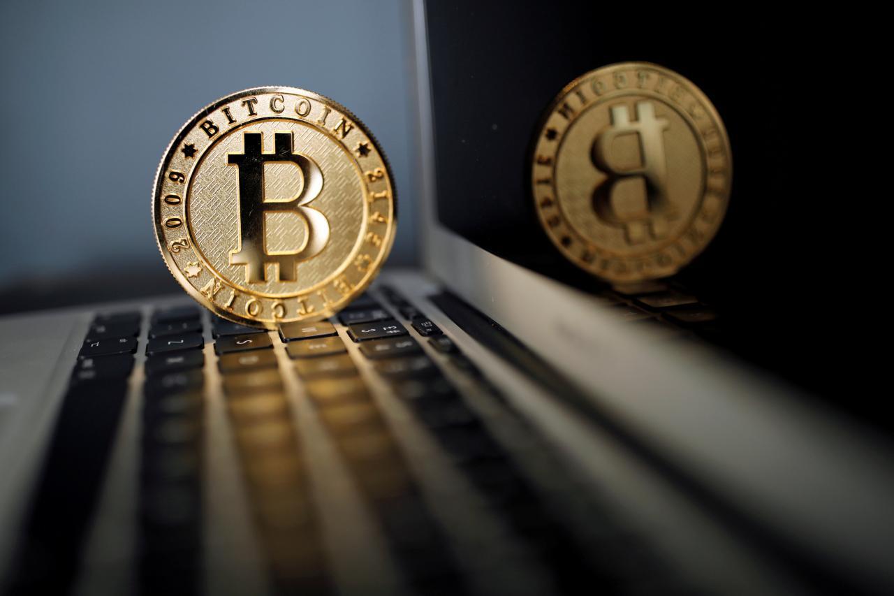 Vietnam's central bank outlaws Bitcoin