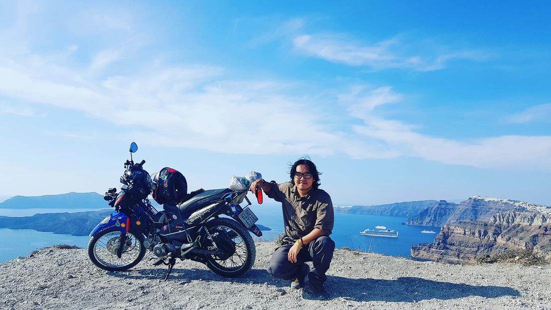 Khoa and The Memo on Santorini Island, Greece