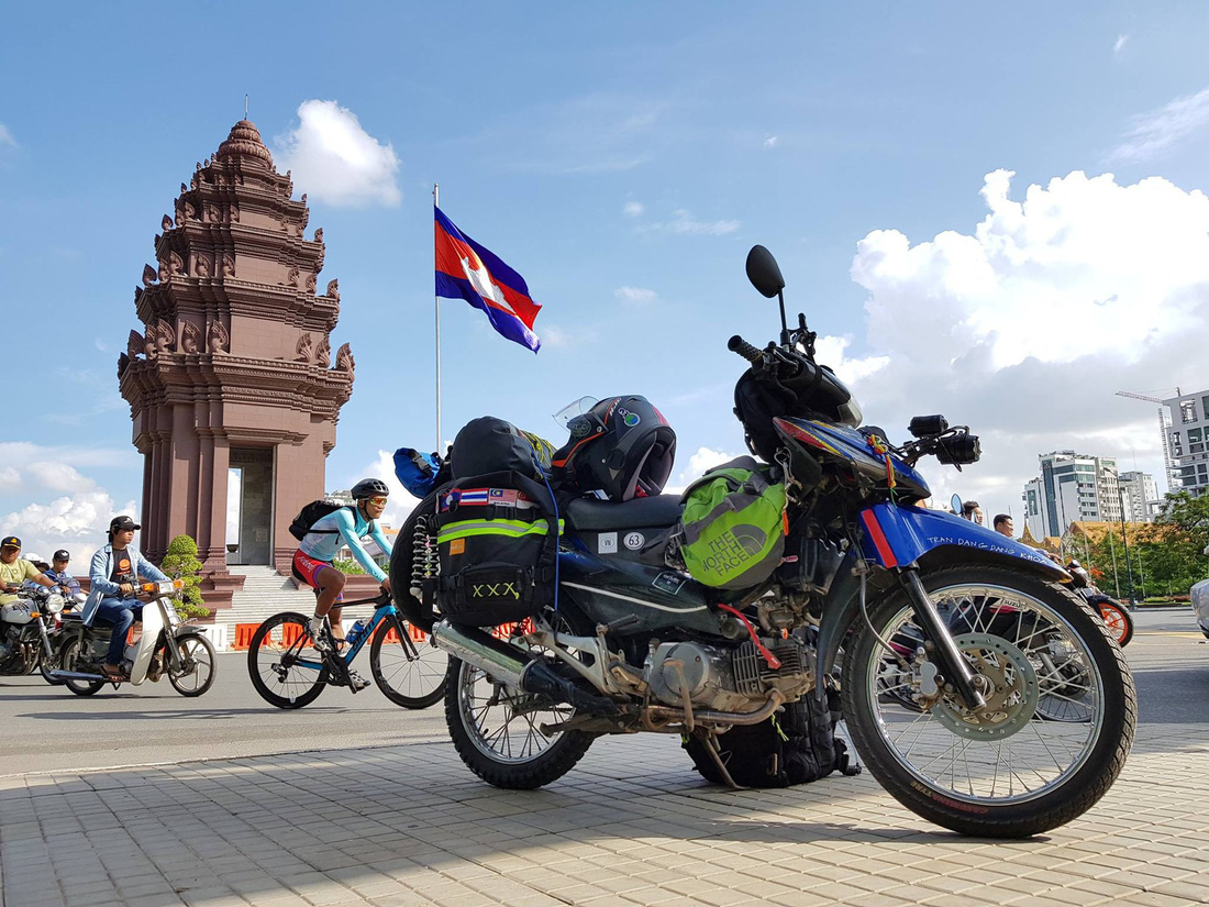Stopping by Phnom Penh, Cambodia