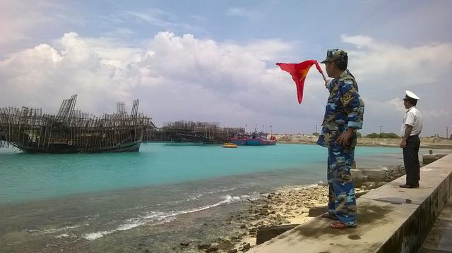 Plans to evacuate 386,000 ready as storm Damrey churns off Vietnam