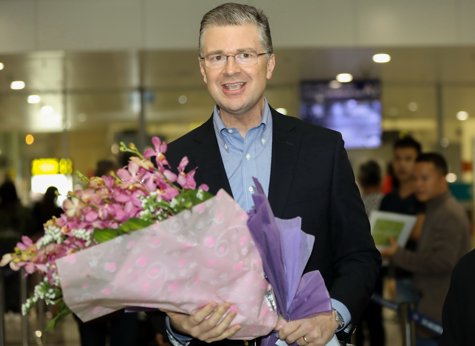 ​New US ambassador to Vietnam arrives in Hanoi, ready for appointment