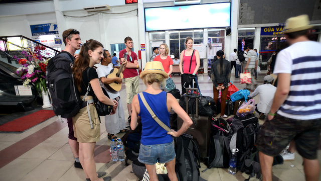 Foreigners give suggestions on making trains attractive to tourists in Vietnam