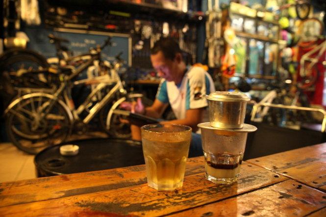 'Ca phe sua da': A classic drink of Saigon