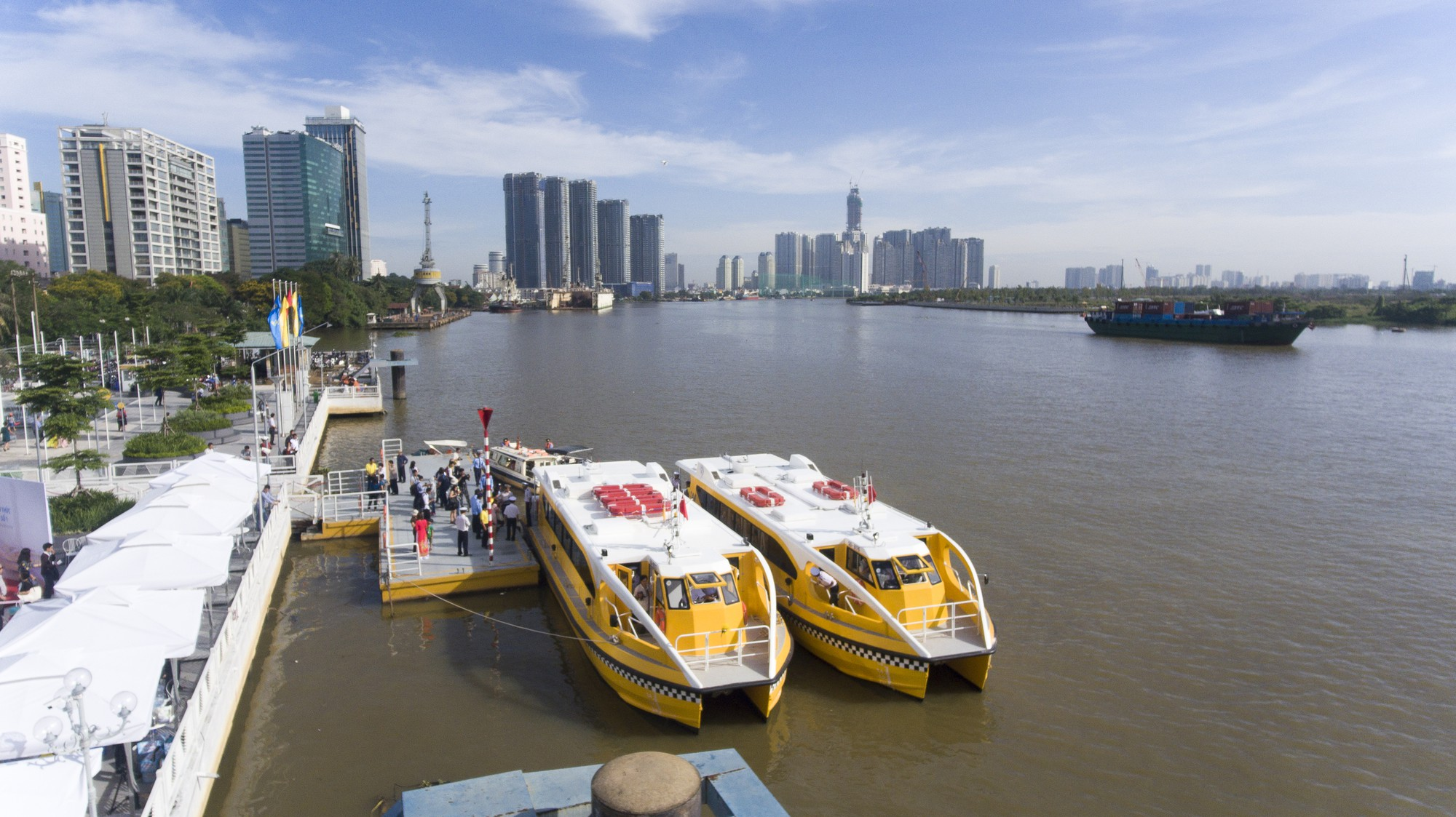 Two boats are ready for the operation of the river bus route No. 1 at Bach Dang Wharf in District 1, Ho Chi Minh City, on November 25, 2017. Photo: Tuoi Tre