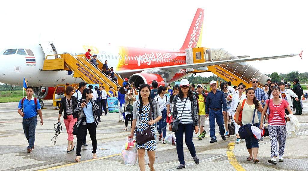 Vietnam city proposes subsidizing airlines flying to local airport