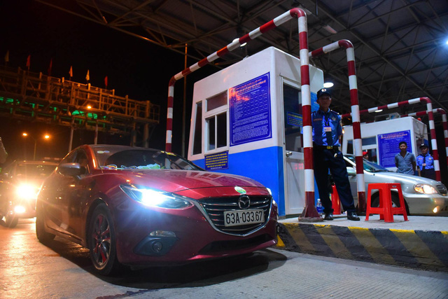 Southern Vietnam tollgate shuts down over repeated opposition from drivers