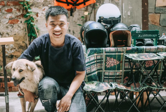 Tran Quoc Viet, a film photographer from Hanoi. Courtesy of Viet