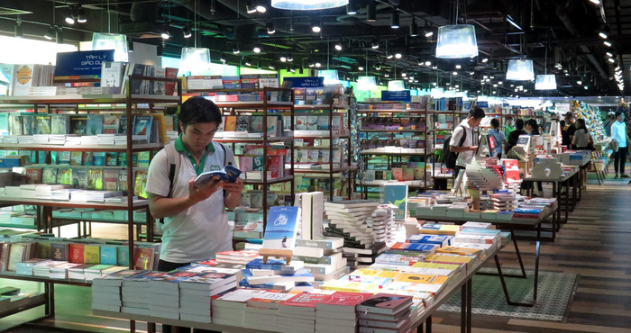 Visitors shop at the Phuong Nam Book City in District 5, Ho Chi Minh City. Photo: Tuoi Tre