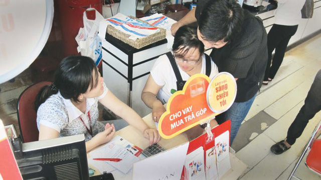 Whopping interest, no problem: Saigon consumers willing to borrow for personal spending