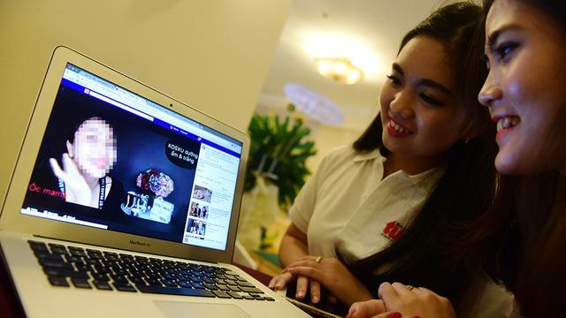 Facebook livestreaming a new medium for celebrity ads in Vietnam