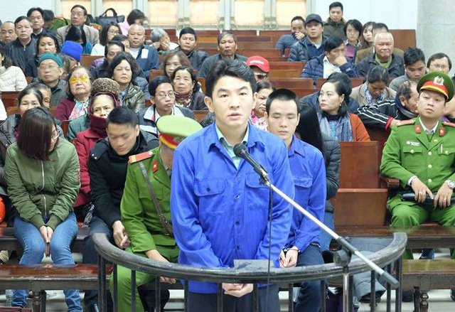 Taiwan man faces life sentence in Vietnam for gold investment fraud