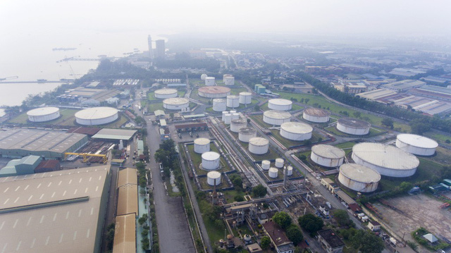 Proposed upgrade for Saigon oil refinery raises safety, environmental concerns