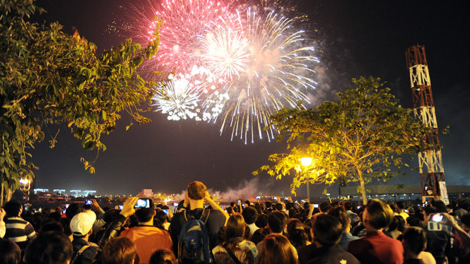 ​Ho Chi Minh City seeks permission for fireworks shows to mark New Year